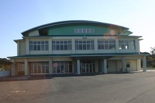 築上東中学校屋内運動場_上毛町